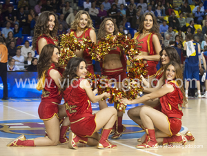 Regal Futbol Club Barcelona - Unicaja - Unicaja Malaga - 2012 2013 - ACB - jornada 34 - Liga Endesa - ACB - Baloncesto - Basket - Basketball - deporte - Dream Cheers - Cheerleaders oficiales FC Barcelona - Cheerleaders